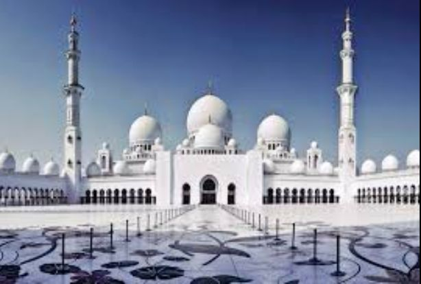 Angin Menerpa Kubah Galvalum Masjid Muhtadin