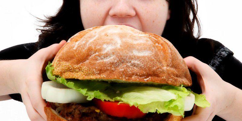 Peringatan bagi Wanita: Hormon Anda Dipengaruhi oleh Makanan Cepat Saji!